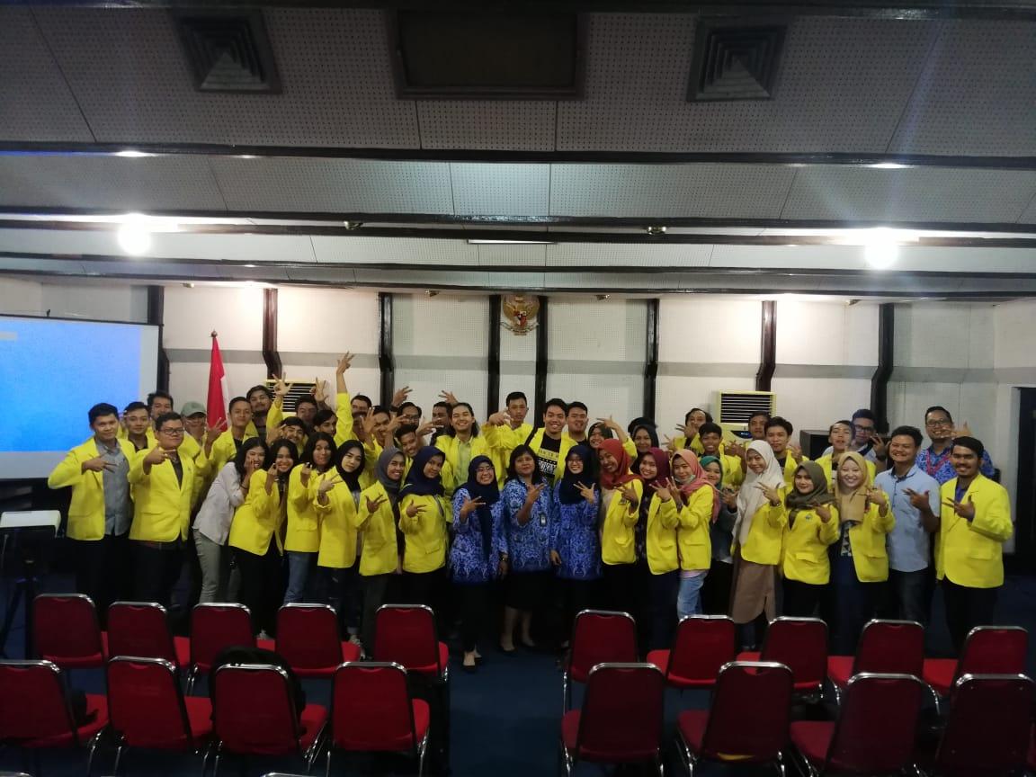 Kunjungan Mahasiswa FISIP Komunikasi ke RRI Surabaya